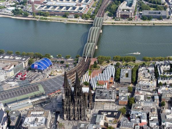 Helikopter Rundflug Köln exklusiv