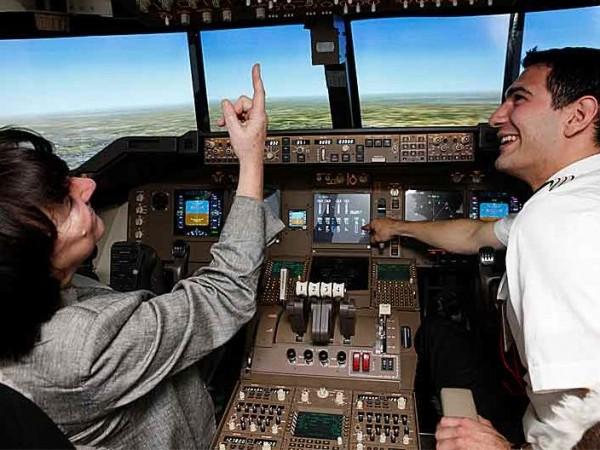 Flugzeug Simulator München (Boeing 747 fixed)