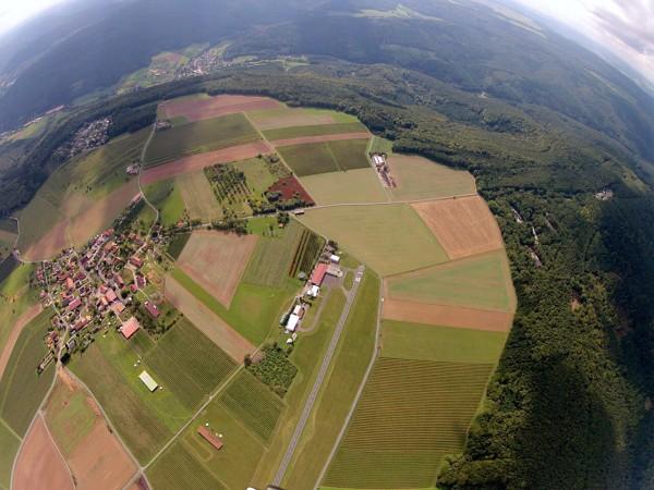 Gruppen Tandemsprung Mainbullau 3000-4000m